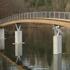 Kabelstegbrücke: Mit Schwung übers Wasser