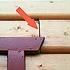 Fassadendurchfeuchtung: Blockbohlen schwinden und öffnen Fugen