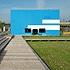 Temporäre Kunsthalle: Ein Holzkubus peppt Berlins Mitte auf