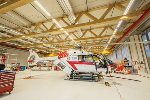 Helikopterbau unter Buchenflair