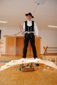Richard Betz testet Da-Vinci-Brücke