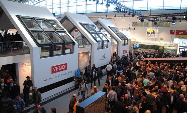 Erlus- und Velux-Stand auf der Messe BAU 2019 München
