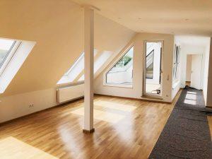 Neue Wohnung im Dachgeschoss