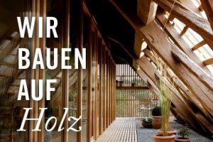 Flyer Holz Mensch Baum Holzraum mit Fenster