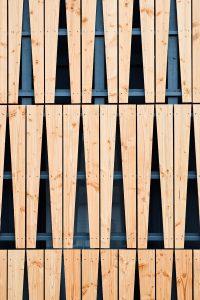 Holzverkleidung Einfamilienhaus in Nantes