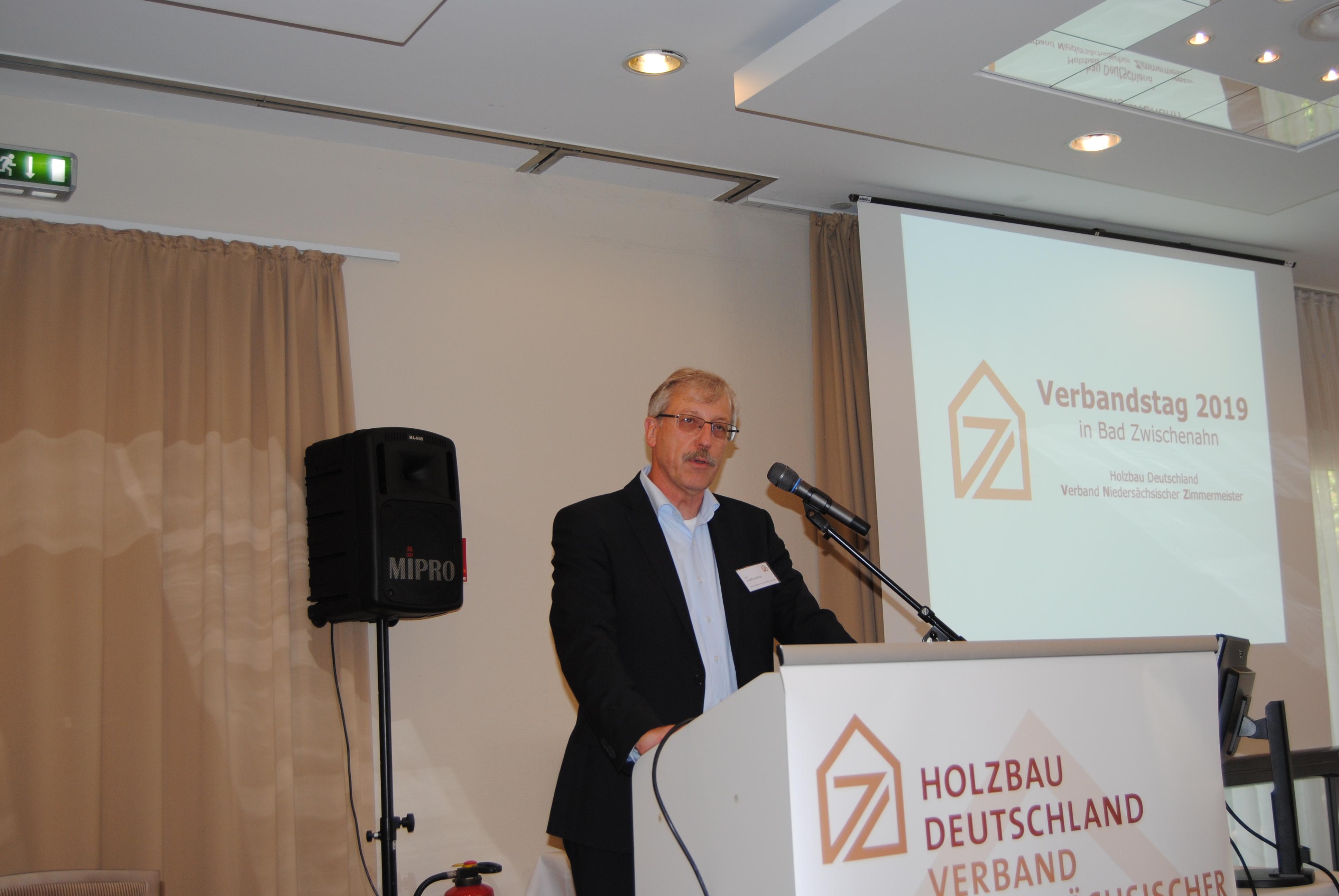 Karl Hoffmeister, Landesfahrgruppenleiter des VNZ